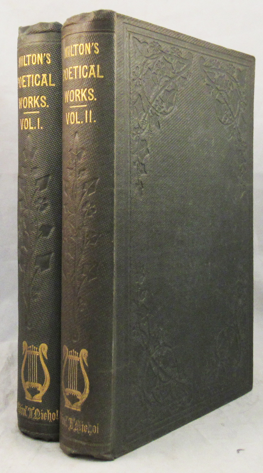 MILTON'S POETICAL WORKS. With Life, Critical Dissertation, and Explanatory Notes, by the Rev. Geroge Gilfillan. John Milton.
